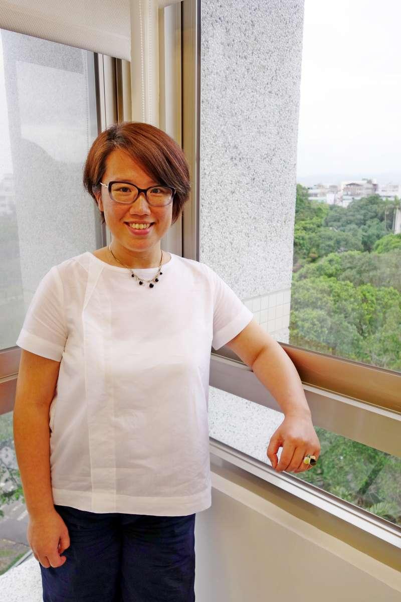 目前以台灣和義大利兩地為家的大學教授楊馥如,不但是老師、作家、也是義大利高端旅行規劃師。(圖/輔仁大學提供)