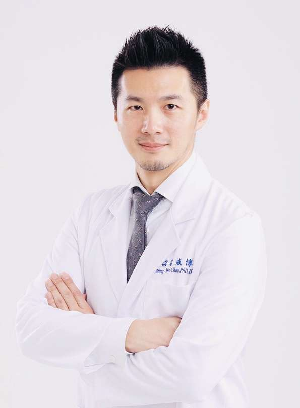 中原大學生科系副教授、毒理醫學專家招明威。(圖/招明威提供)