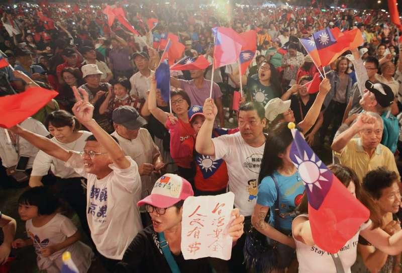 連高市藍營地方人士都承認,4月27日的挺韓選總統大會,人潮大不如前。(林瑞慶攝)