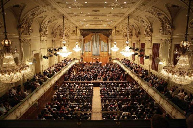 史代爾馬克州音樂協會(Musikverein für Steiermark)的主演奏廳 Stefaniensaal。 (圖/楊佳恬提供)