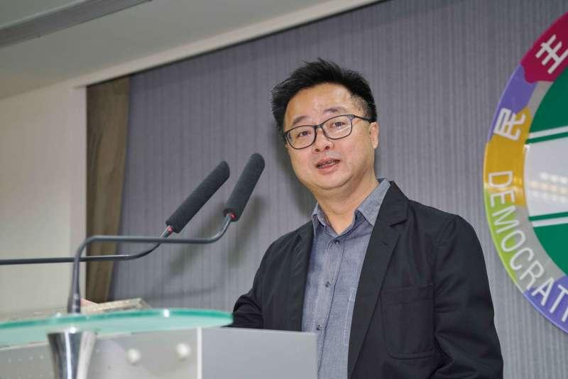 20190522-民進黨中執會,秘書長羅文嘉受訪。(盧逸峰攝)