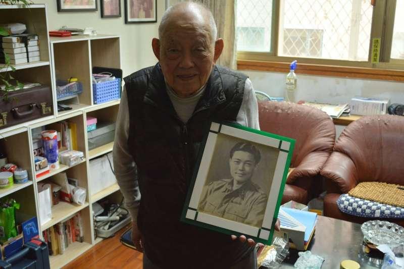 20190523-現居新北市的梁元明老伯,是目前少數還在世的136部隊老兵,也是馬來亞戰場上國共合作的親身經歷者。(許劍虹提供)