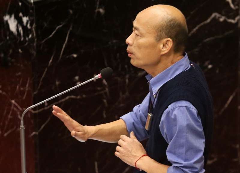 韓國瑜說,他不方便幫自己打分數,要由市民朋友跟外界打分數。(圖/徐炳文攝)