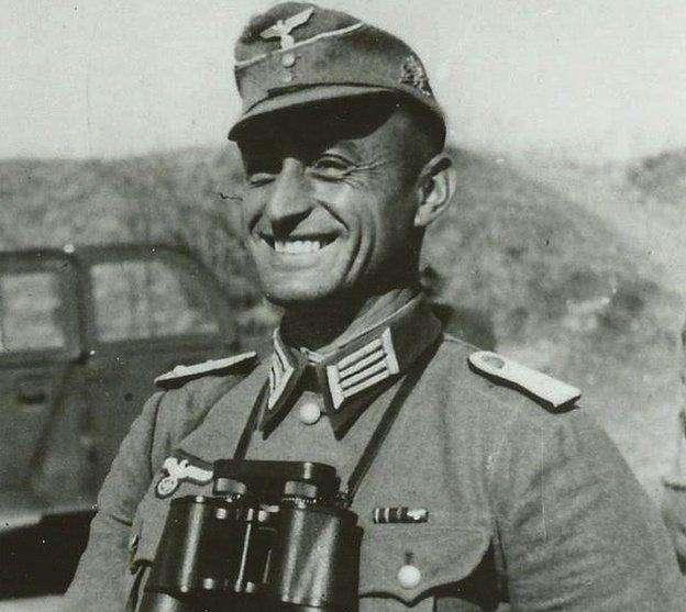 因為甘格爾少校的英勇事蹟,讓他成為民族英雄。(圖/維基百科)