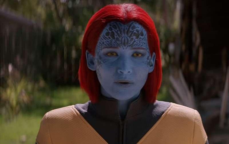 在電影《黑鳳凰》的預告中,有一幕葬禮戲,推測極有可能是魔形女的喪禮。(圖/IMDb)