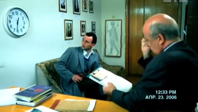 謝爾蓋接受精神分析。(圖/取自youtube)