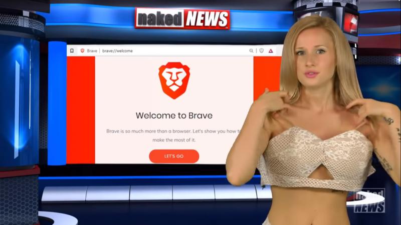 《裸體新聞》的主播們經常在報新聞的時候,邊脫下自己身上的衣服。(圖片擷取自Youtube)