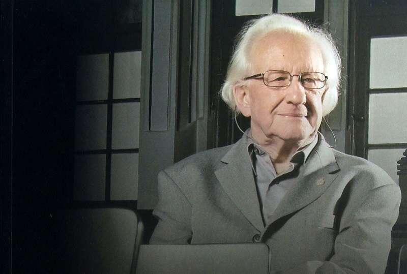 挪威歷史學家約翰.加爾通John  Galtung。(書封照片)
