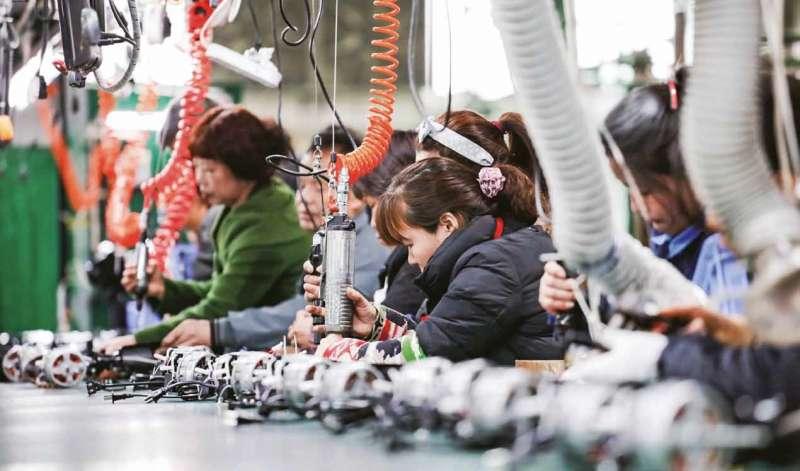 20190531-生產線、工廠、女工、加工出口。(多維提供)