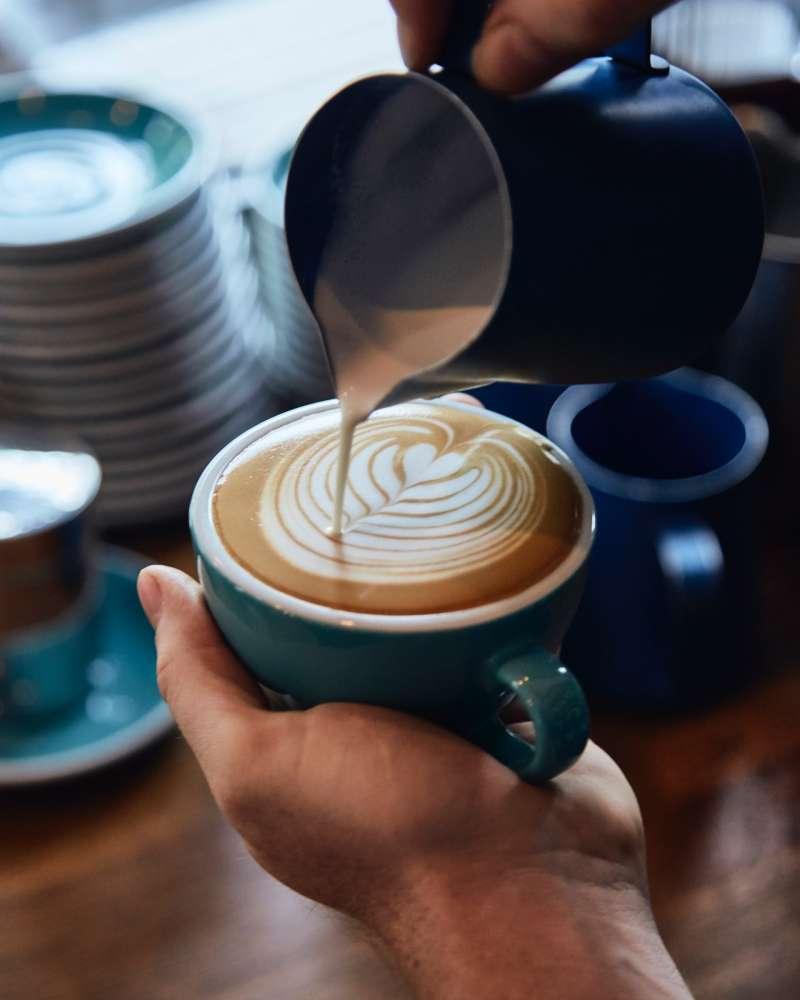 KB Café 的代表色土耳其藍。(來源:KB Café)