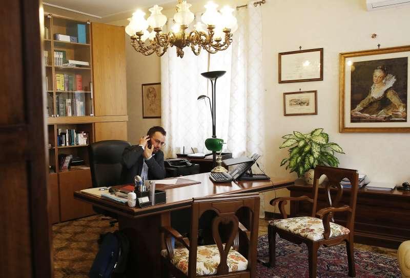 義大利資深刑事律師尼格里當選為該國史上首位跨性別市長(美聯社)