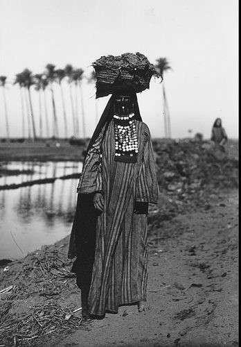 20190606-1923年的埃及婦女。(劉燕婷提供).jpg