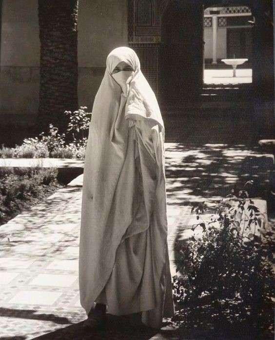 20190606-1930年的摩洛哥婦女。(劉燕婷提供).jpg