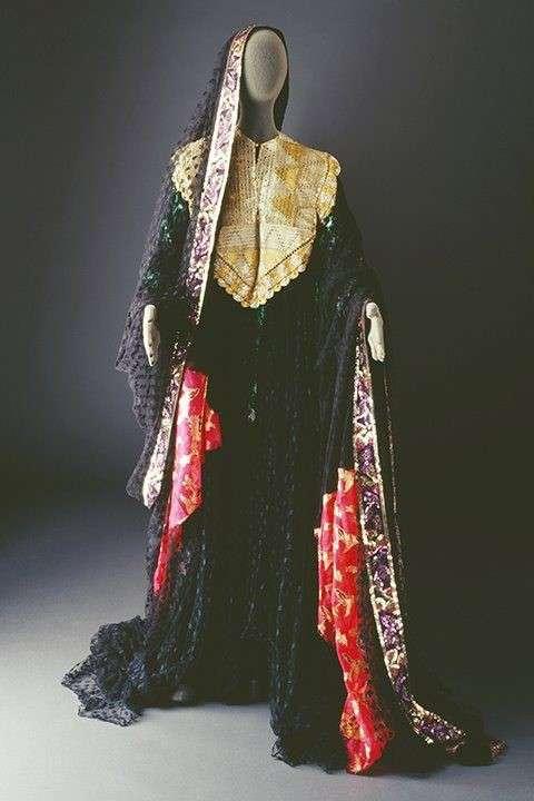 20190606-內志婦女的傳統服裝。(Mansoojat Foundation提供).jpg