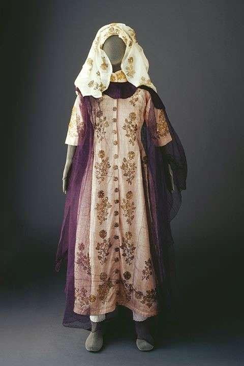 20190606-麥加與吉達婦女的傳統服裝2。(Mansoojat Foundation提供).jpg