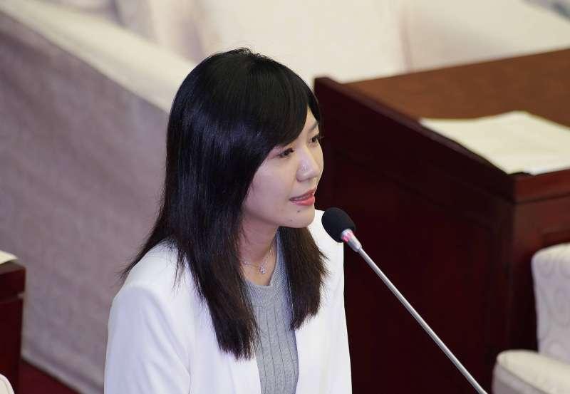 20190610-市議員吳沛憶出席市政總質詢。(盧逸峰攝)