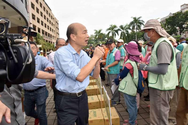 高雄市長韓國瑜說,防疫視同作戰,大家防治措施務必落實,共同打擊登革熱。(圖/徐炳文攝)
