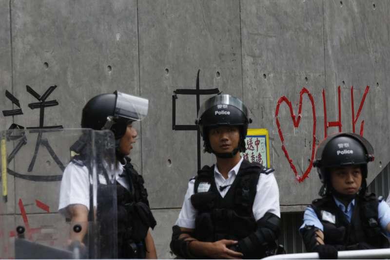 北京想絕對控制香港,卻有必須放香港自由的苦衷。(郭晉瑋攝)