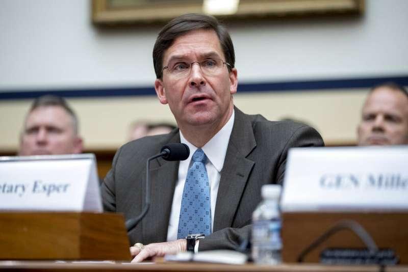 美國總統川普18日任命陸軍部長埃斯珀擔任新國防部代理部長。(AP)