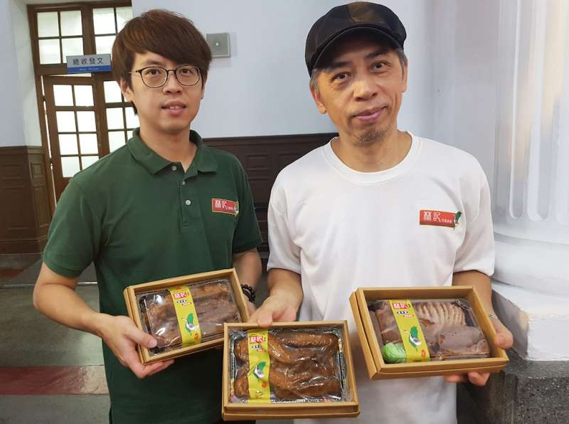 林記滷味在新竹美食市場擁有相當高的人氣及知名度。(圖/方詠騰攝)