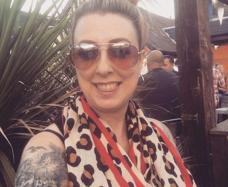 經營行銷與公關公司的達琳表示,她的刺青在職場中有益無害(圖/BBC)