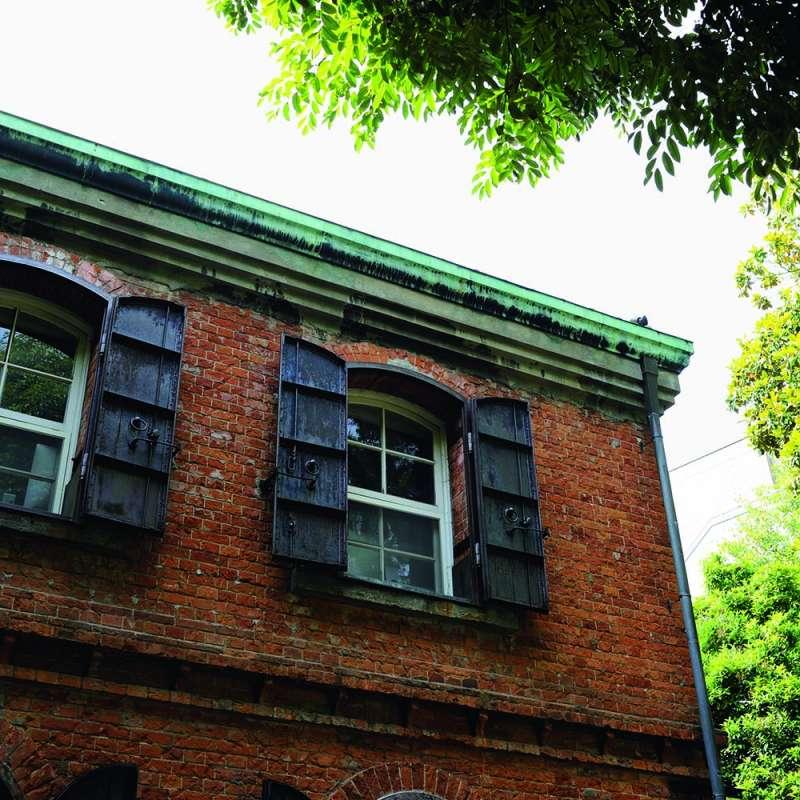 20190620-建造於東京藝術大學音樂系裡的紅磚1號館,最初是今天國立科學博物館前身的教育博物館的書庫。(下村忍攝,榻榻米出版提供)