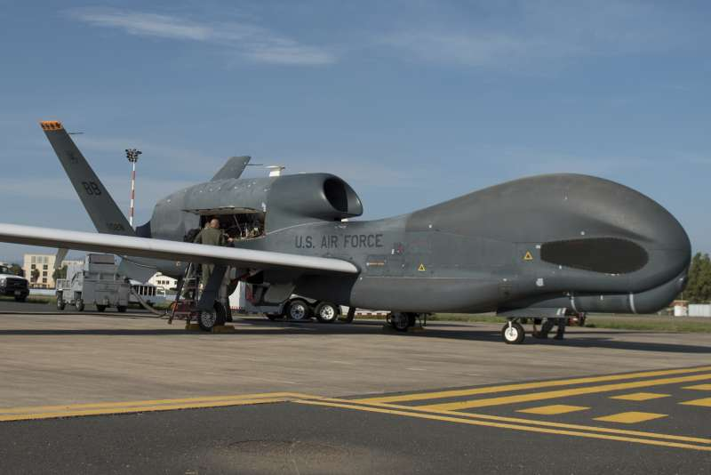美國無人偵察機「全球之鷹」(RQ-4 Global Hawk)(AP)