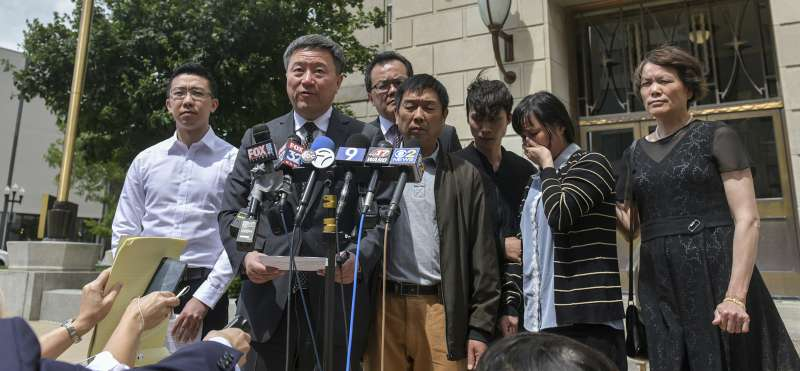陪審團24日裁決嫌犯克里斯汀森綁架殺害罪與虛假陳述罪成立,章瑩穎的家人希望克里斯汀森被判處死刑(美聯社)