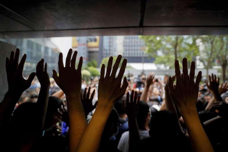 雖然香港特首林鄭月娥宣布暫時撤回修法,但香港的反送中抗議聲浪依舊沒有完全消退。(美聯社)