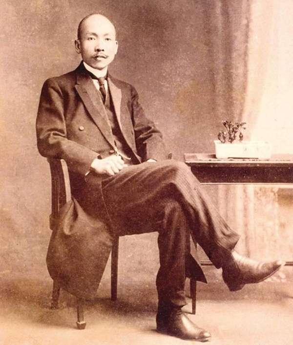 林獻堂(圖/維基百科)