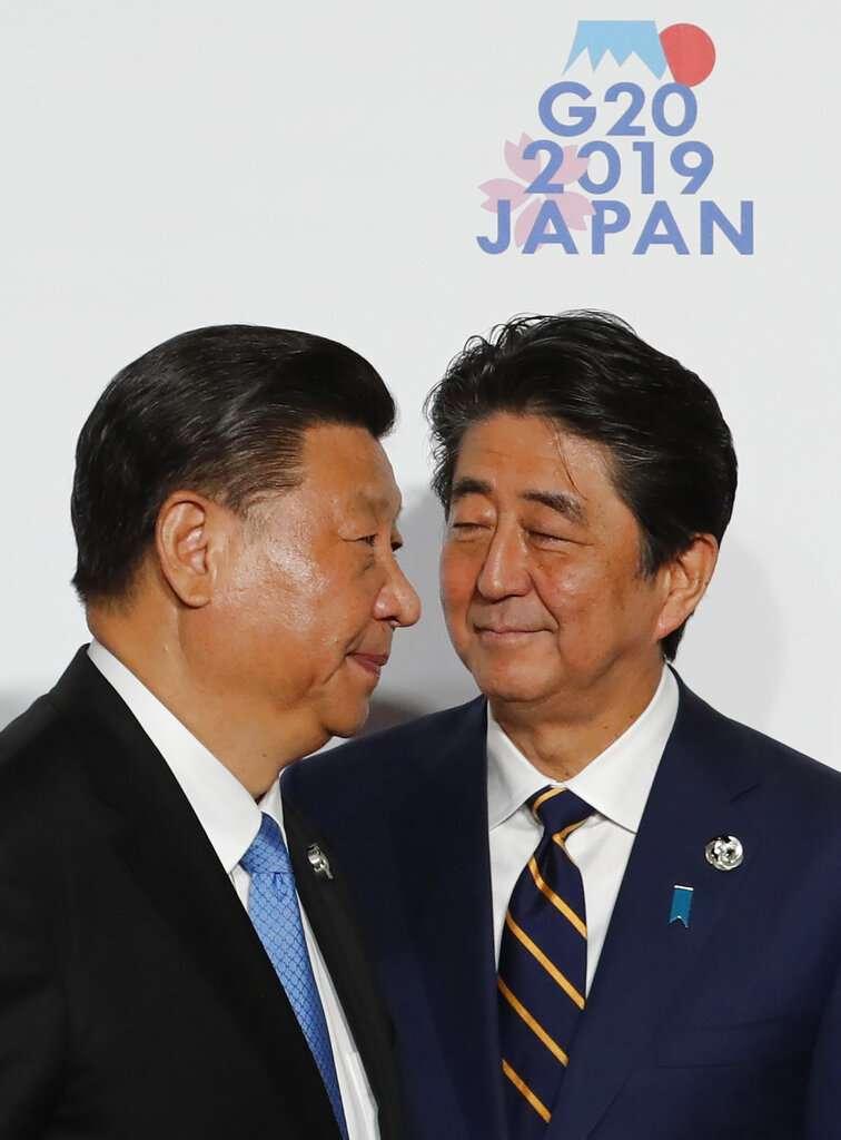 習近平與安倍晉三,中日關係,安習會,G20大阪峰會。(美聯社)