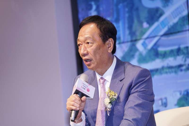 20190704-台大癌醫中心醫院啟用儀式,鴻海前董事長郭台銘受訪。(盧逸峰攝)