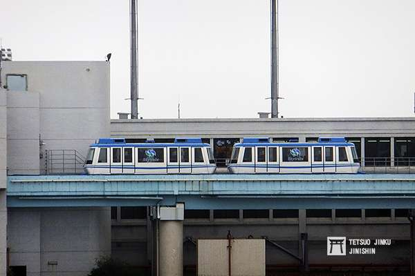 由於中運量系統有車體小、自動化程度高等優點,因此也常成為機場內各航站間的聯絡交通,像是桃園機場連接一二航廈的PMS系統,即是一例。(圖/陳威臣攝,想想論壇提供)
