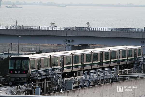 日本第一條實用化的中運量新交通系統,1981年完工通車,2006年再延伸至神戶機場。(圖/陳威臣攝,想想論壇提供)