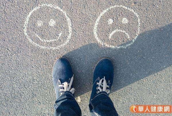 從中醫角度來看憂鬱症,屬於情志問題,是一種七情之病,和人體的喜、怒、憂、思、悲、恐、驚有關。(圖/華人健康網提供)