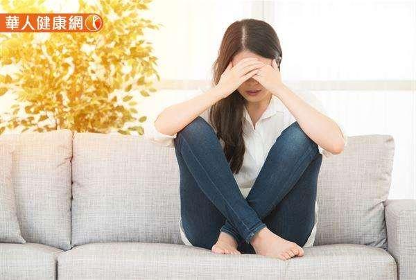 憂鬱症其實就像是一種「心靈的感冒」,雖然看似不嚴重,但它就像感冒一樣,放著置之不理也可釀成大禍。(圖/華人健康網提供)