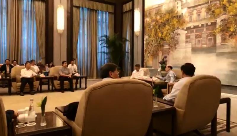 20190705-台北市長柯文哲今日下午在上海西郊賓館與中國國台辦主任劉結一會面,現場兩度進行直播。(取自柯文哲臉書)