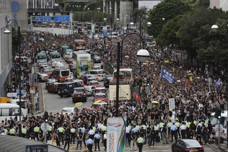 2019年7月7日,香港「反送中」,九龍大遊行(AP)