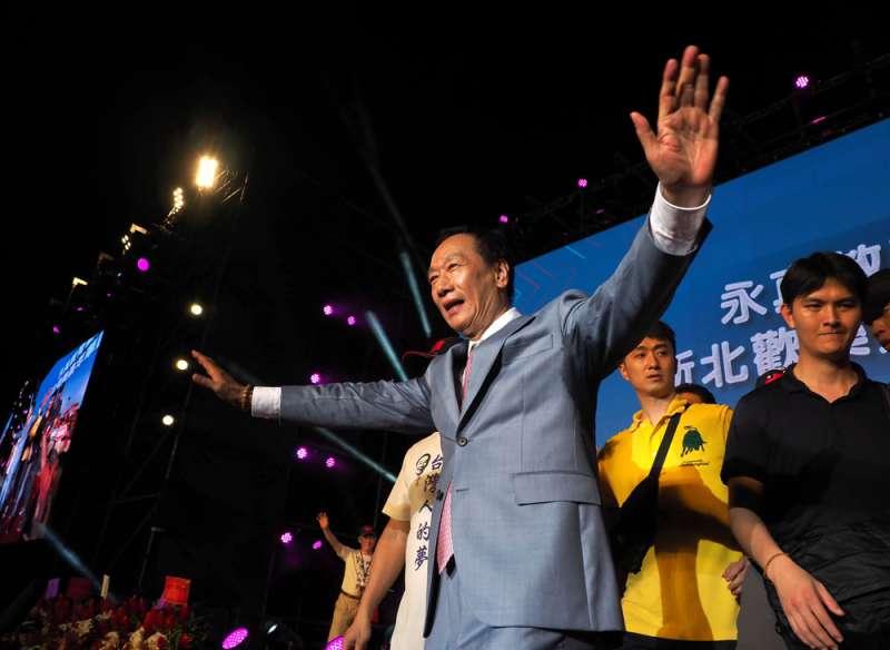 郭台銘在國民黨初選表現的爆發力,讓綠營心驚。(林瑞慶攝)