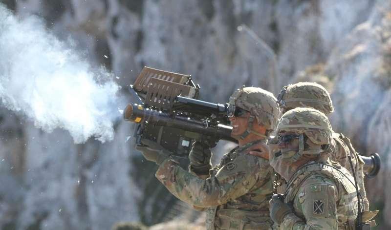 20190710-美國國務院9日宣布批准兩項對台軍售,其中包含人攜式刺針飛彈,其具備機動、單兵可操作的特點,更能提高戰場存活率。(取自The U.S. Army@flickr)