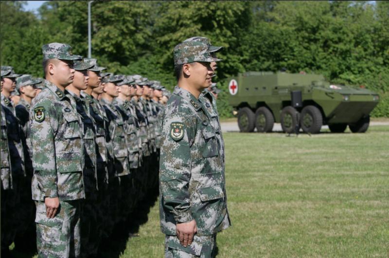 為了宣揚大國軍威,解放軍這次精銳盡出,派出了ZBL-08步兵戰車改裝的運兵車前往德國。(聯邦國防軍,作者許劍虹提供)