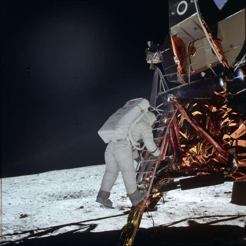 1969年7月20日,阿波羅11號登月任務,艾德林(Buzz Aldrin)走下登月艙(AP)