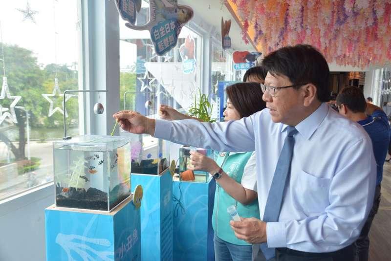 屏東縣長潘孟安期待透過建構的交流比賽平台,讓各國觀賞魚飼養者分享學習,並見證台灣生產觀賞魚的軟實力。(圖/屏東縣政府提供)