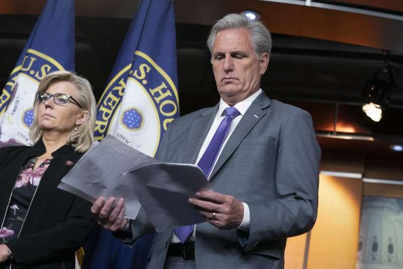 眾議院少數黨領袖麥卡錫認為,說川普「種族主義者」太過難聽。(AP)