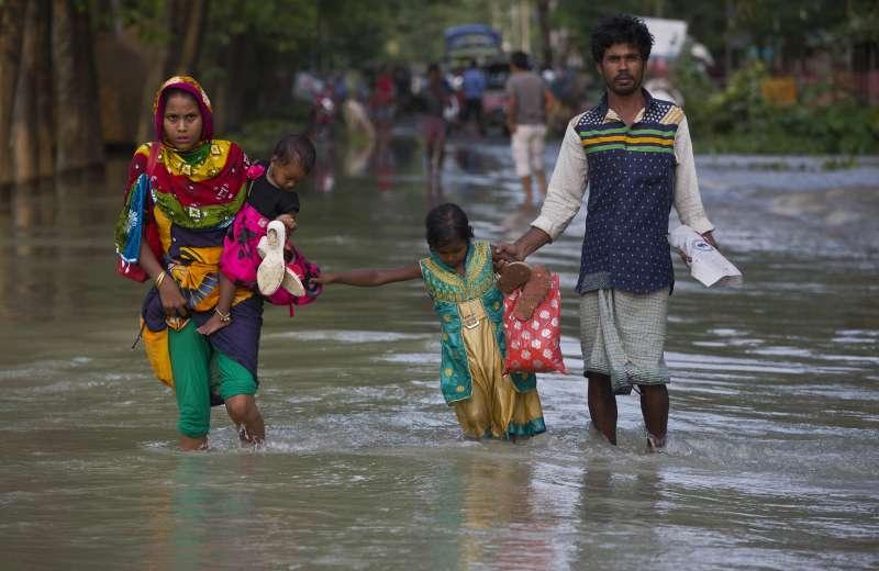印度東北部阿薩姆邦近日豪雨成災,數百萬人受影響(美聯社)