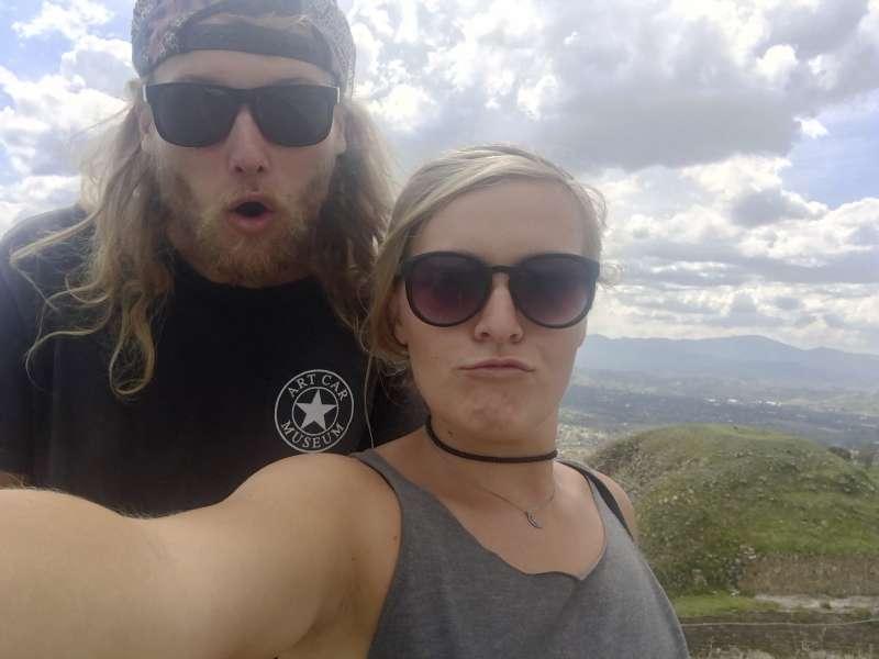 遭殺害的澳洲男子佛勒(Lucas Fowler)與美國籍女友狄斯(Chynna Deese)。(美聯社)