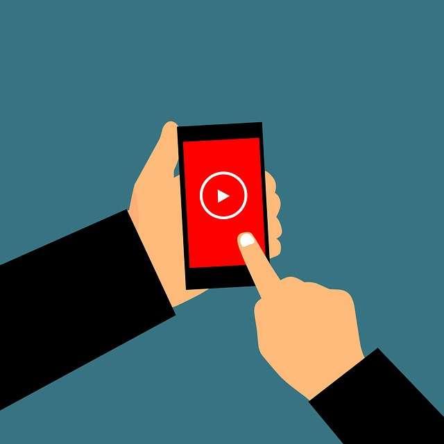 網飛印度用戶喜愛使用手機觀看影片。(@pixabay)