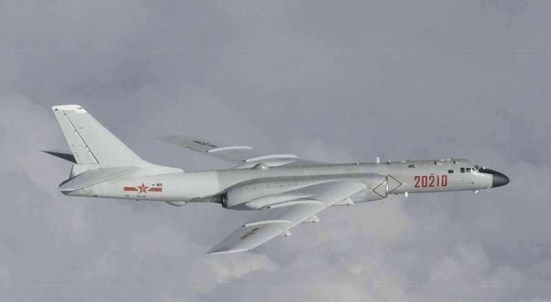 中俄軍機闖入日韓爭議的獨島(竹島)領空,圖為中國轟-6轟炸機(AP)