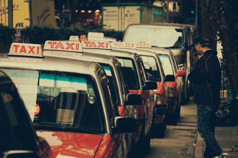 美國計程車業。