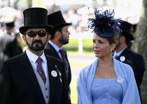 陪同丈夫出席外交場合的哈雅王妃。(圖源:zimbio.com)